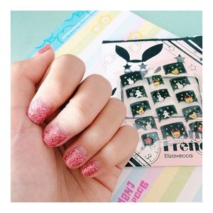 another shortcut to prettify my nails = nail stickers~