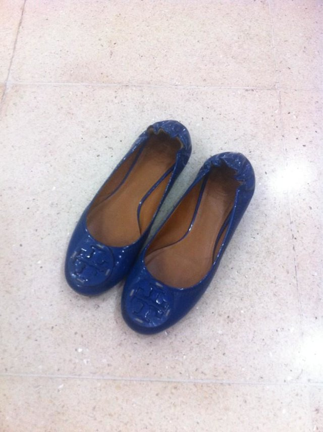 Tory Burch Flats, love the color!