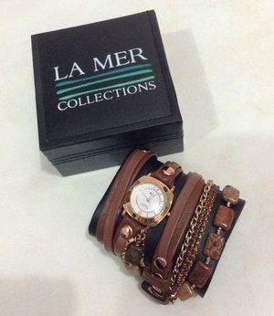 LA MER COLLECTIONS Red Fossil Coral Watches